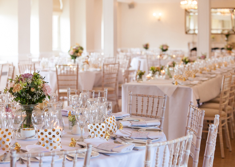 resin chiavari chair wedding
